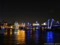 Thames Nights, London Februar 2014, Jubilee Gardens mit Blick auf River Thames, Hungerford Bridge und Golden Jubilee Bridges, Tattershall Castle